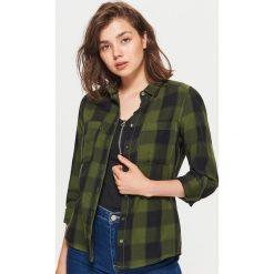 Koszula w kratę - Khaki. Brązowe koszule wiązane damskie Cropp, l. W wyprzedaży za 29,99 zł.