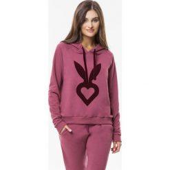 Cardio Bunny - Bluza Pretty. Różowe bluzy z kapturem damskie Cardio Bunny, m, z aplikacjami, z bawełny. Za 179,90 zł.