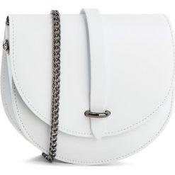 Torebka CREOLE - K10559 Biały. Białe torebki klasyczne damskie Creole, z tworzywa sztucznego. W wyprzedaży za 119,00 zł.