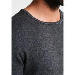 Swetry klasyczne męskie: Casual Friday Sweter pewter mix