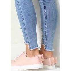 Różowe Buty Sportowe Emotional Rescue. Czerwone buty sportowe damskie marki KALENJI, z gumy. Za 69,99 zł.