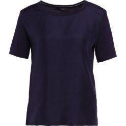 WEEKEND MaxMara HOLLY Tshirt basic blu marino. Niebieskie bralety marki WEEKEND MaxMara, xl, z jedwabiu. Za 419,00 zł.