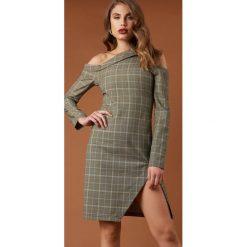 NA-KD Trend Sukienka midi z wycięciami - Green,Multicolor. Białe sukienki na komunię marki NA-KD Trend, w paski, z poliesteru, z klasycznym kołnierzykiem, midi. Za 242,95 zł.