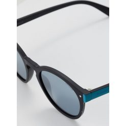 Polaroid Okulary przeciwsłoneczne matt black. Czarne okulary przeciwsłoneczne damskie Polaroid. Za 209,00 zł.