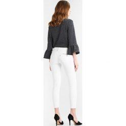 Freeman T. Porter ALEXA CROPPED Jeans Skinny Fit bright white. Białe boyfriendy damskie Freeman T. Porter. Za 379,00 zł.
