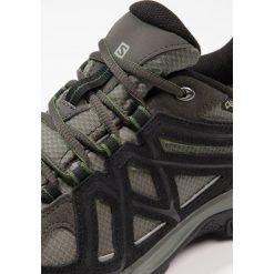 Salomon EVASION 2 GTX Obuwie hikingowe castor gray/black/chive. Szare buty skate męskie Salomon, z gumy, outdoorowe. Za 519,00 zł.