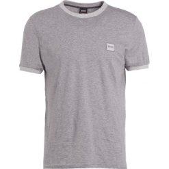 BOSS Orange TOPICAL Tshirt basic grey melange. Niebieskie koszulki polo marki Tiffosi. Za 249,00 zł.