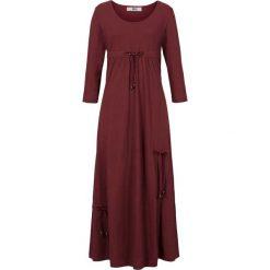 Sukienka shirtowa, rękawy 3/4 bonprix czerwony klonowy. Niebieskie sukienki z falbanami marki bonprix, z nadrukiem. Za 109,99 zł.