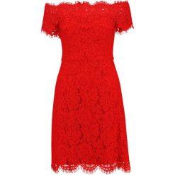 Whistles OFF SHOULDER DRESS Sukienka koszulowa red. Czerwone sukienki marki Whistles, z bawełny, z koszulowym kołnierzykiem, koszulowe. W wyprzedaży za 959,20 zł.