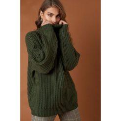 Swetry oversize damskie: NA-KD Trend Sweter z grubej dzianiny - Green