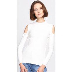Biały Sweter Pointless. Białe swetry klasyczne damskie Born2be, l, z dzianiny, z golfem. Za 49,99 zł.