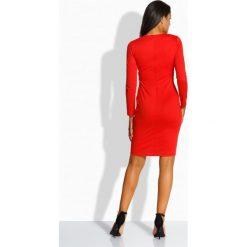 Sukienki: Elegancka sukienka z zakładką w talii czerwony