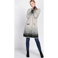 Jasnobeżowa Sukienka Efficacious. Brązowe sukienki dzianinowe marki Born2be, na jesień, uniwersalny. Za 99,99 zł.