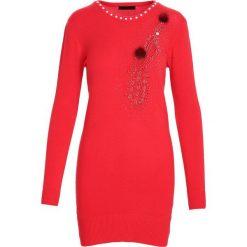 Czerwona Sukienka Unclouded. Czerwone sukienki dzianinowe marki Born2be, l. Za 59,99 zł.