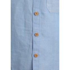 Carrement Beau Koszula weiss hellblau. Niebieskie koszule chłopięce Carrement Beau, z bawełny. Za 219,00 zł.