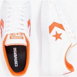 Converse PL 76 ELEVATED OX Tenisówki i Trampki white/bold mandarin. Szare tenisówki damskie marki Converse, z gumy. W wyprzedaży za 303,20 zł.