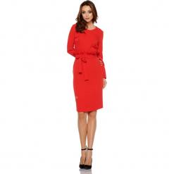 Biznesowa sukienka z paskiem czerwony. Czerwone długie sukienki Lemoniade, do pracy, w paski, biznesowe, z długim rękawem. Za 169,00 zł.