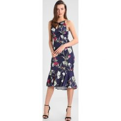 Długie sukienki: Hope & Ivy Tall FLORAL WRAP DRESS Długa sukienka navy