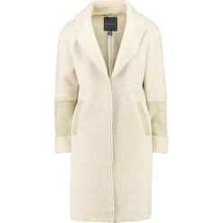 Płaszcze damskie pastelowe: New Look TEDDY FALLAWAY Płaszcz zimowy cream