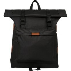 Plecaki damskie: Lyle & Scott OVERSIZED ROLLTOP Plecak true black
