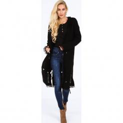 Czarny sweter z kapturem na co dzień 0206. Czarne swetry rozpinane damskie Fasardi. Za 189,00 zł.