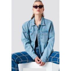 NA-KD Kurtka jeansowa z dużymi kieszeniami - Blue. Zielone kurtki damskie jeansowe marki Emilie Briting x NA-KD, l. Za 283,95 zł.