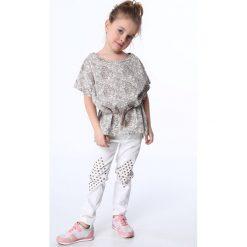 Bluzki dziewczęce: Bluzka dziewczęca z wiązaniem biało-beżowa NDZ8200