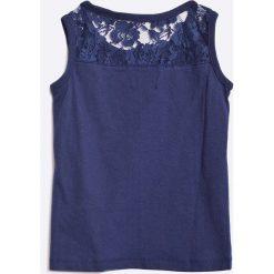 Blue Seven - Top dziecięcy 92-128 cm. Niebieskie bluzki dziewczęce Blue Seven, z nadrukiem, z bawełny, z okrągłym kołnierzem, bez rękawów. W wyprzedaży za 39,90 zł.