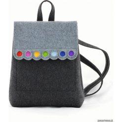 Plecaki damskie: Filcowy Plecak z Kolorowymi Kropkami