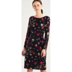 Hobbs RORI DRESS Sukienka etui navy multi. Niebieskie sukienki marki Hobbs, z materiału. W wyprzedaży za 855,20 zł.