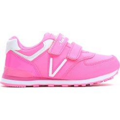 Różowe Buty Sportowe Pink Air. Czerwone buty sportowe dziewczęce marki Born2be, z materiału, z okrągłym noskiem. Za 59,99 zł.