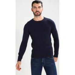 Swetry klasyczne męskie: Selected Homme SHDDAMIAN CAMP CREW NECK Sweter peacoat