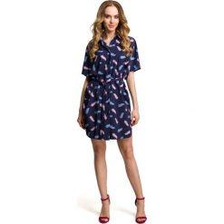 Granatowa Letnia Sukienka Koszulowa w Piórka. Czerwone sukienki letnie marki Molly.pl, l, z jeansu, biznesowe, z dekoltem na plecach, z długim rękawem. Za 155,90 zł.
