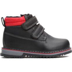 Czarne Traperki Go Ahead. Czarne buty zimowe chłopięce Born2be, ze skóry, na rzepy. Za 64,99 zł.