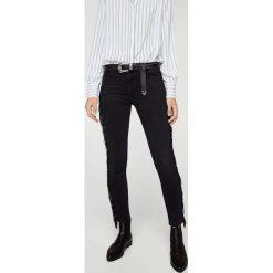 Mango - Jeansy Flecos. Czarne jeansy damskie rurki Mango, z bawełny. W wyprzedaży za 99,90 zł.