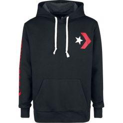 Converse Star Chevron Graphic Pullover Hoodie Bluza z kapturem czarny/czerwony. Czerwone bluzy męskie rozpinane marki KALENJI, m, z elastanu, z długim rękawem, długie. Za 199,90 zł.