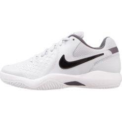 Buty sportowe damskie: Nike Performance ZOOM AIR RESISTANCE Obuwie multicourt pure platinum/black/dark grey/white