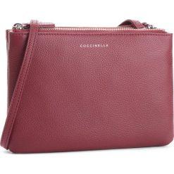 Torebka COCCINELLE - CV3 Mini Bag E5 CV3 55 F7 07 Grape R04. Czerwone listonoszki damskie Coccinelle, ze skóry. W wyprzedaży za 489,00 zł.
