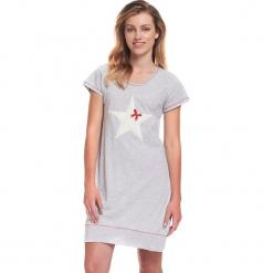 Koszula nocna w kolorze szarym. Szare koszule nocne i halki Doctor Nap. W wyprzedaży za 54,95 zł.