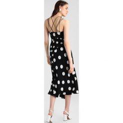 Sukienki hiszpanki: Karen Millen DOT CREPE COLLECTION Sukienka koktajlowa black & white