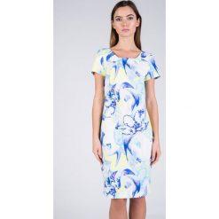 Sukienki: Dopasowana sukienka z błękitnym wzorem QUIOSQUE
