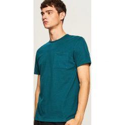 T-shirt ze strukturalnej bawełny - Turkusowy. Niebieskie t-shirty męskie Reserved, l, z bawełny. Za 49,99 zł.