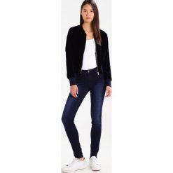 Vila VICOMMIT Jeans Skinny Fit dark blue denim. Niebieskie jeansy damskie Vila. Za 169,00 zł.