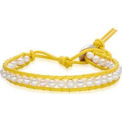 Bransoletki damskie: Skórzana bransoletka w kolorze żółto-białym z perłami słodkowodnymi
