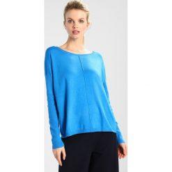 Swetry klasyczne damskie: Aaiko VILLET VIS Sweter divine blue