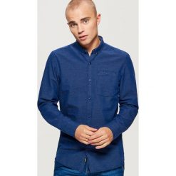 Bawełniana koszula SLIM FIT z mikrowzorem - Granatowy. Niebieskie koszule męskie slim marki House, l. Za 79,99 zł.