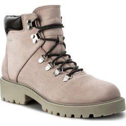 Trapery VAGABOND - Kenova 457-040-59 Milkshake. Czerwone buty zimowe damskie Vagabond, ze skóry. W wyprzedaży za 439,00 zł.