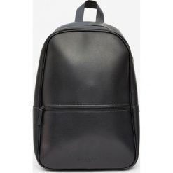 Plecaki męskie: Plecak w minimalistycznym stylu