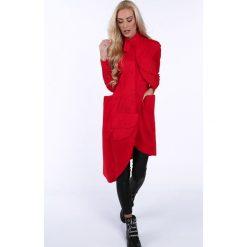 Czerwona asymetryczna sukienka koszulowa na co dzień 0222. Czerwone sukienki asymetryczne Fasardi, na co dzień, s, z asymetrycznym kołnierzem. Za 199,00 zł.