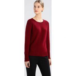 Swetry klasyczne damskie: White Stuff HEARTH JUMPER Sweter bordeaux